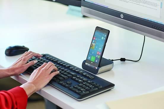 HP Elite X3 Windows phablet full
